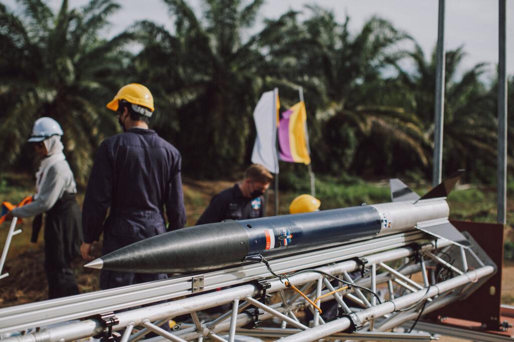 Przygotowania do wystrzelenia rakiety LAD / Equatorial Space Systems